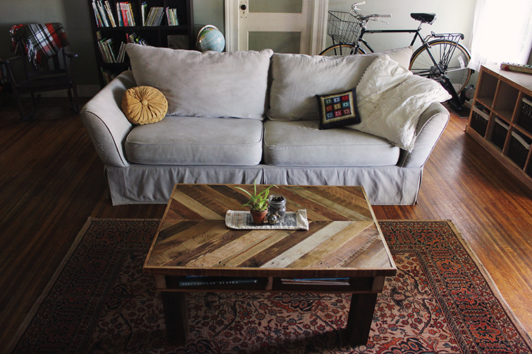 4-5-diy-wooden-pallet-coffee-tables