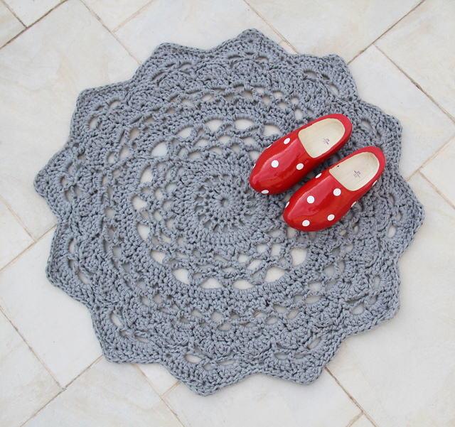 5 Chunky Crochet Rugs - diy Thought