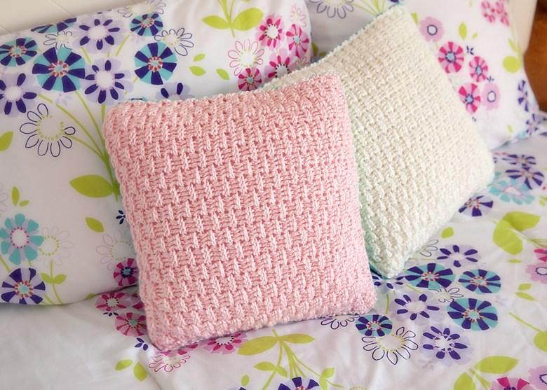 Красивые узоры спицами для подушек