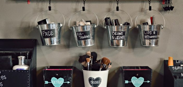 5 Brilliant Diy Makeup Storage Ideas