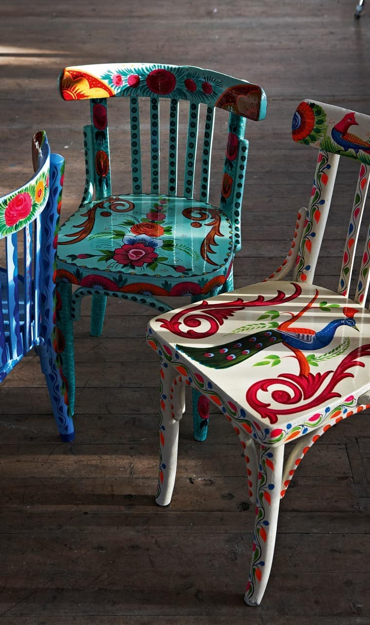 For The Artistically Talented Hand Painting Wooden Chairs In Beautiful  Designs Like These Is A Wonderful Way To Create A Feature Chair.