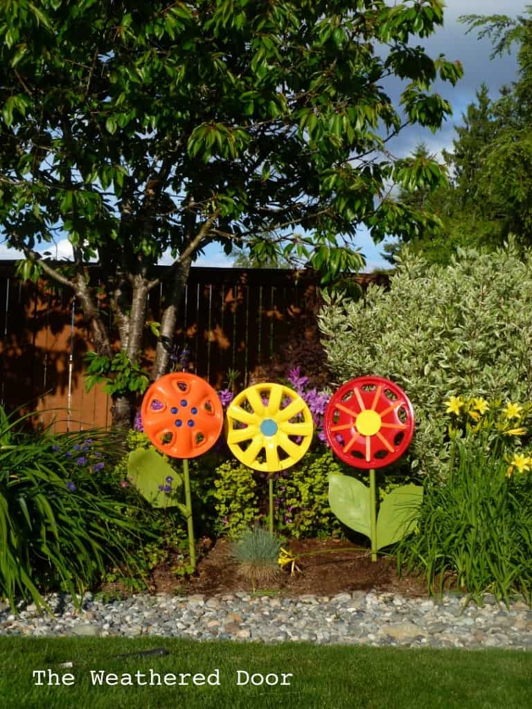 DIY Hubcap flower tutorial