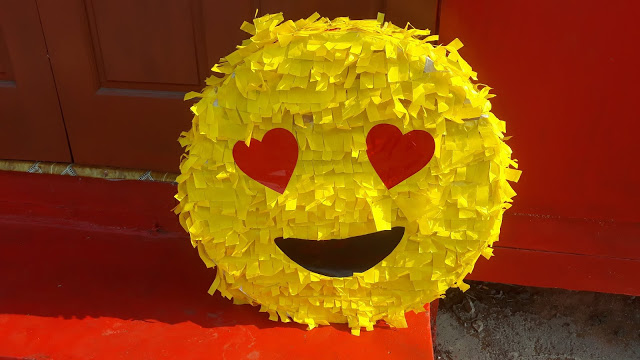 Heart Face Emoji DIY Pinata
