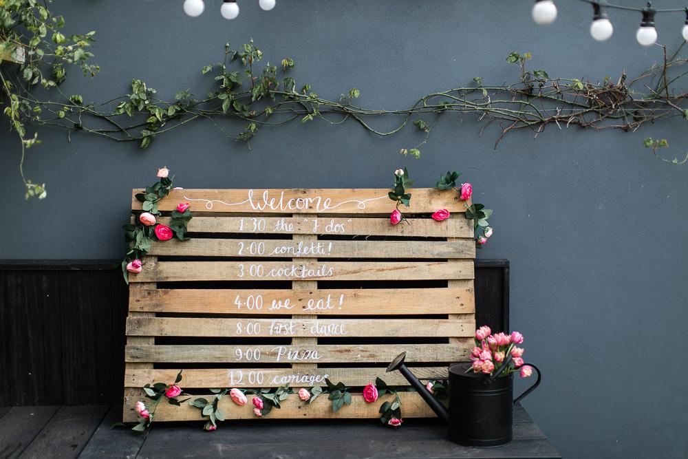 DIY wood sign for wedding