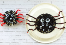 Yarn threading spider craft