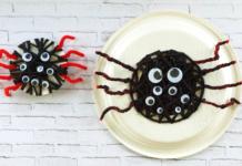 Yarn threading spider craft