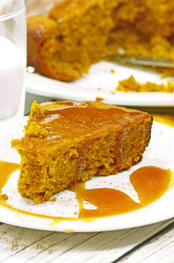 sticky caramel pumpkin cake
