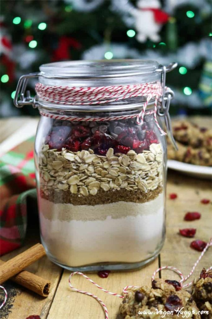 cranberry oatmeal cookie jar