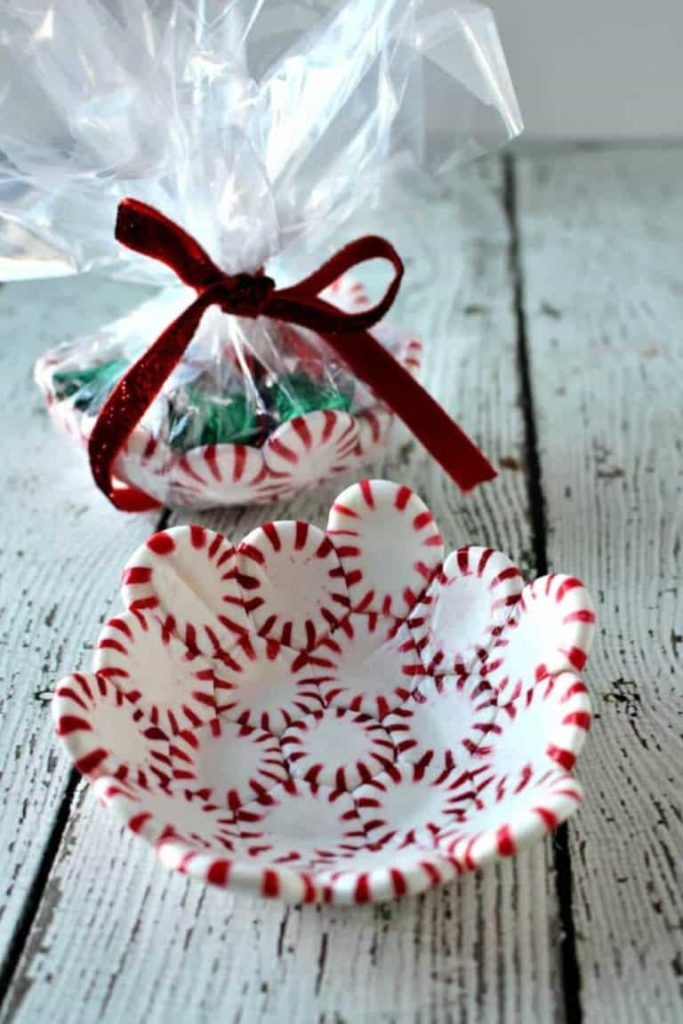 peppermint candy bowl. 30+ Ultimate DIY Christmas Teacher Gifts